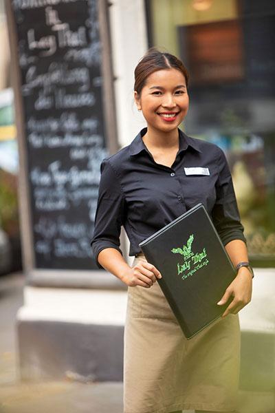 gut geschultes personal im lay thai restaurant